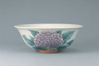 紫陽花文茶盌 昭和38年 <br /> 佐野市立吉澤記念美術館